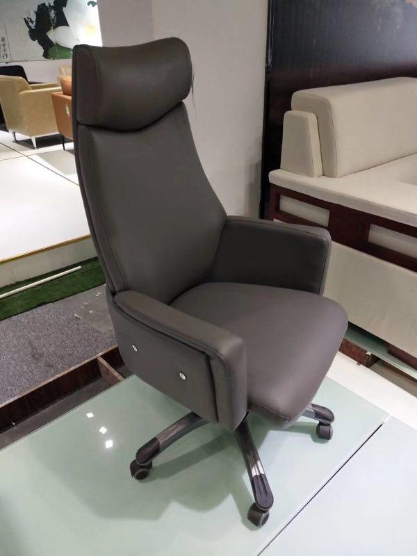 班椅-05